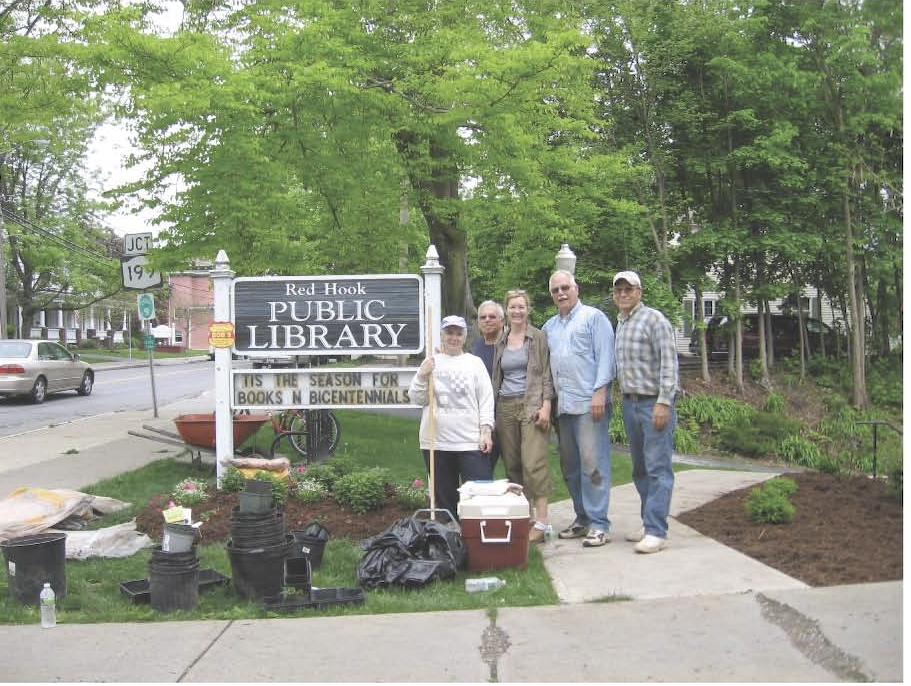 Red_Hook_Library_Landscaping