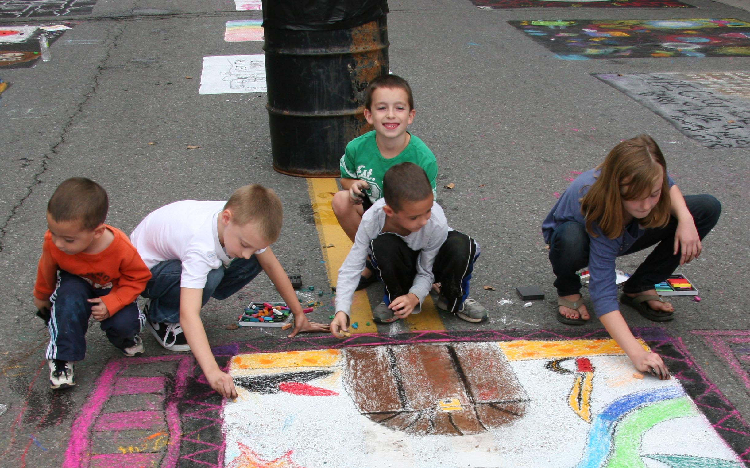 2012 Tivoli Street Painting Festival participants