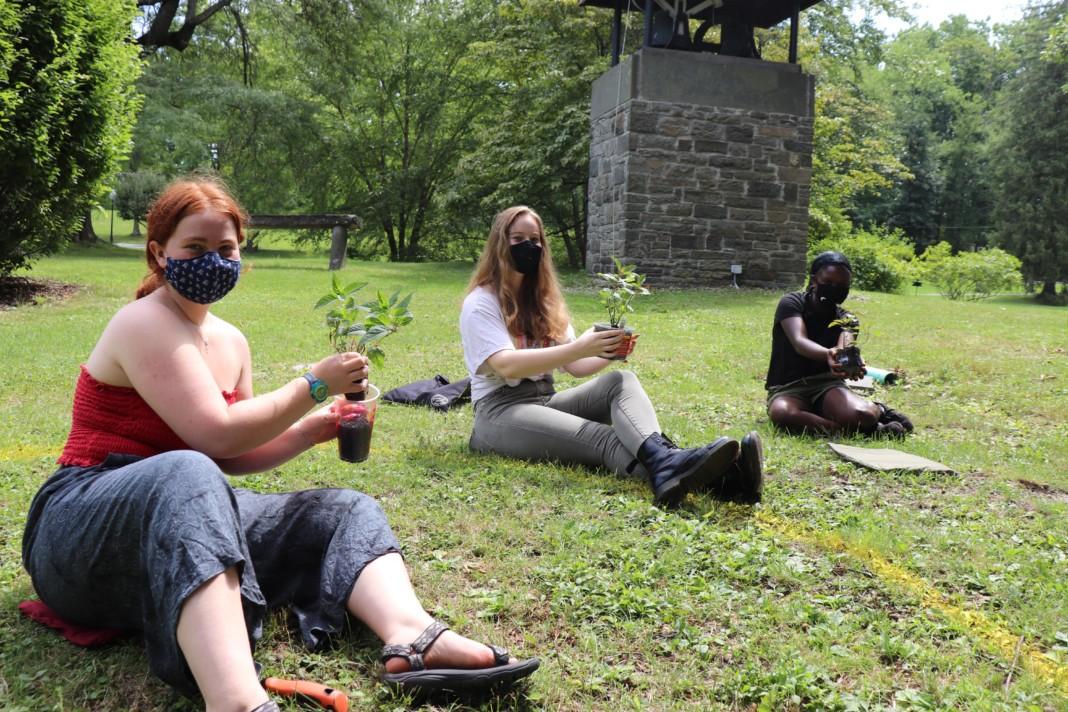 Bard students during Language the Thinking program